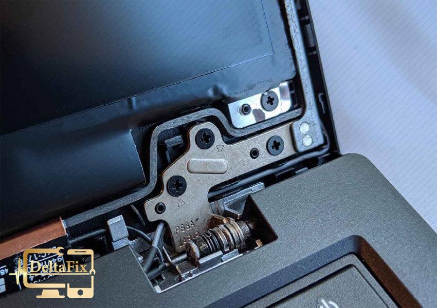 علت شکسته شدن قاب لپ تاپ